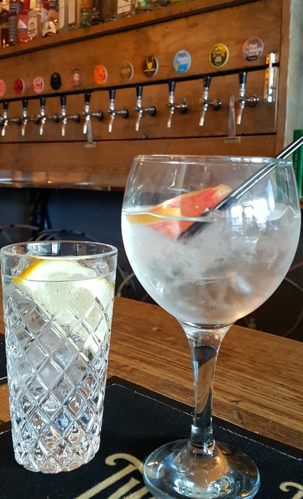 gin-glasses